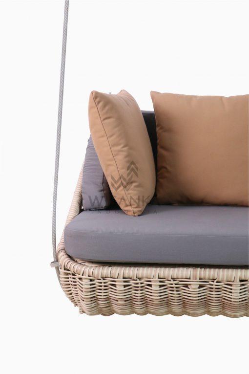 Huvan Wicker Swing Chair Detail 1