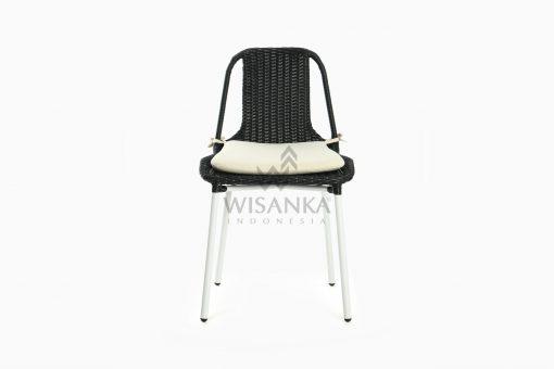 Millen Valensie Outdoor Rattan Chair front